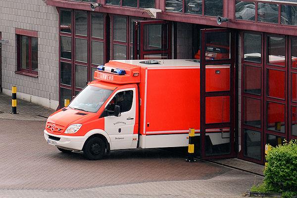 Rettungswagen in Oberhausen rückt aus. Symbolfoto: Olaf Preuschoff
