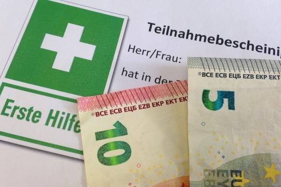 Kosten für Erste-Hilfe-Kurs. Symbolfoto: Thomas Weege
