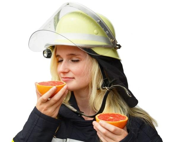 """Die Feuerwehr Venne bietet eine sogenannte Schnuppermitgliedschaft an. Annika ist schon dabei, sie kann die Feuerwehr """"gut riechen"""".  Foto: Heiko Kettler/FF Venne"""