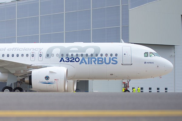 A320neo_on_ground