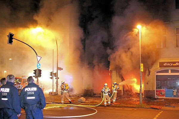 Einsatz Berliner Feuerwehr Friedrichshain
