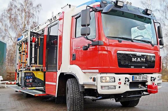 Frontalansicht auf das neue LF 20 der Feuerwehr Niendorf. Foto: Feuerwehr Niendorf