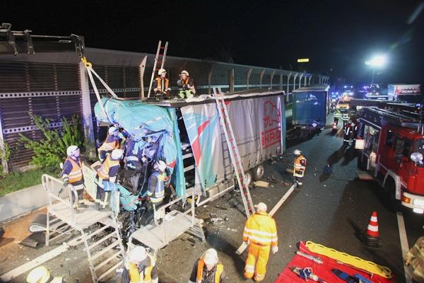 Unfall auf der A9 bei Bindlach. Foto: News5 / Fricke