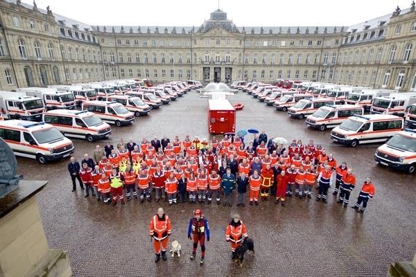 Fierliche Übergabe der neuen Fahrzeuge für den Katastrophenschutz in Baden-Württemberg. Foto: Innenministerium Baden-Württemberg