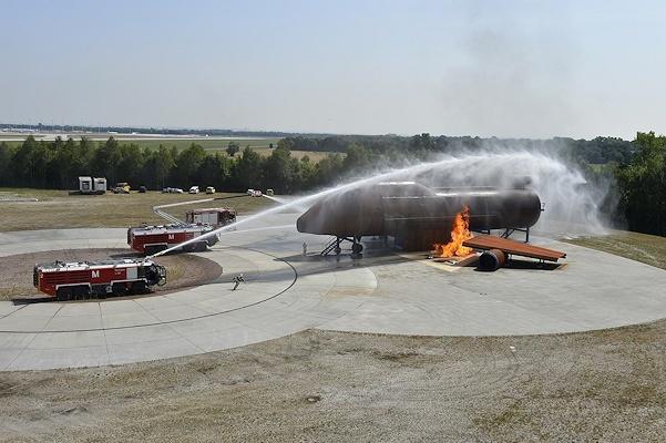 Neue Brandsimulationsanlage am Flughafen München. Foto: Flughafen München