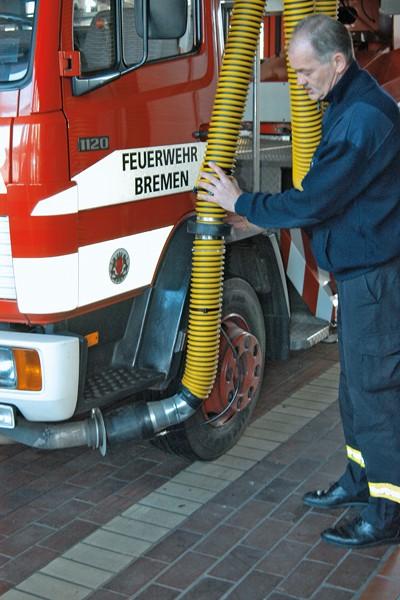 Abgasabsauganlage_Feuerwehr_Emissionen_Arbeitssicherheit_Krebs