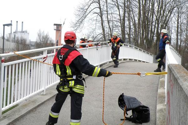 Absturzsicherung_Feuerwehr_Höhenrettung_Sicherheit_II