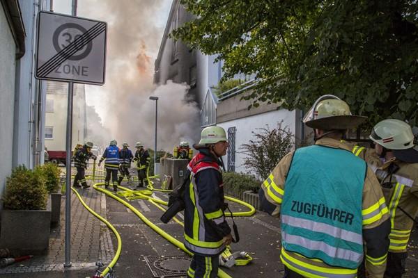 Schwerer Brand in einer Tiefgarage in Fellbach. Foto: 7aktuell.de/Adomat
