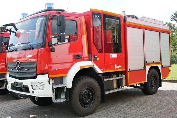 LF-KatS mit Mannschaftsraum Modul Z-Cab und dreiteiligem Gerätekoffer der Firma Ziegler. Quelle: BBK