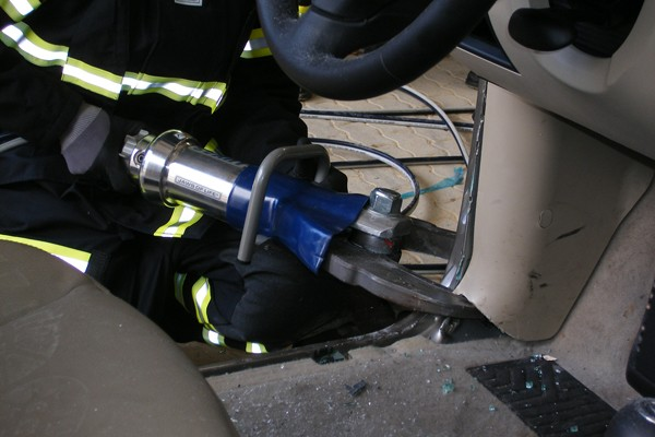 Schneidgeräte_Feuerwehr_Schere_Spreizer_VU_Norm_Technische Hilfeleistung_IV
