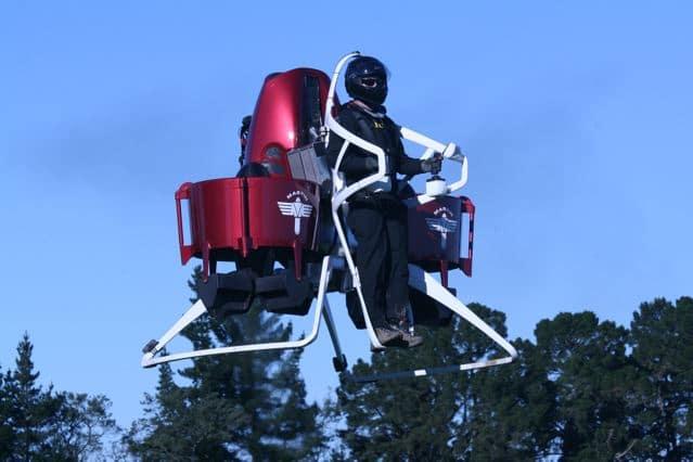 Bis zu 1000 Meter hoch sollen die Jetpacks aufsteigen können. Foto: Martin Jetpack