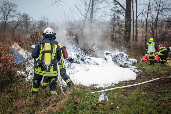 Flugzeugabsturz in Lindewitt bei Flensburg. Foto: nordpresse/Iwersen