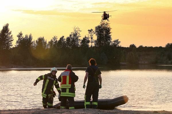 Einsatzkräfte der Feuerwehr Dormagen. Foto: Staniek