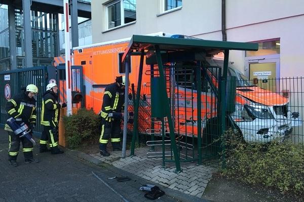 Unfall-Rtw-Bergisch-Gladbach-11-01-2016