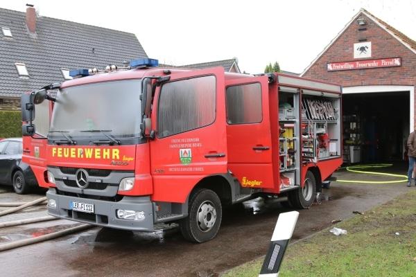 Brand-Feuerwehrhaus-08-02-2015