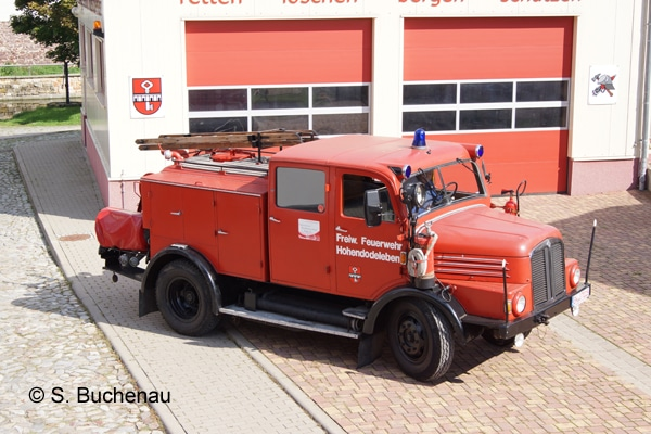 TLF_Einsatzfahrzeug_Oldtimer_Feuerwehrfahrzeug