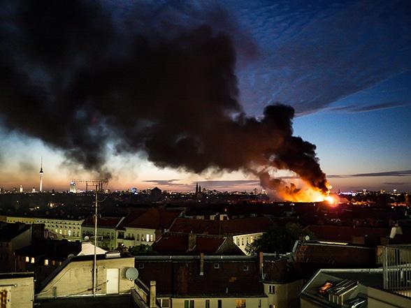105 Senioren in Brandobjekt. Foto: Tausend