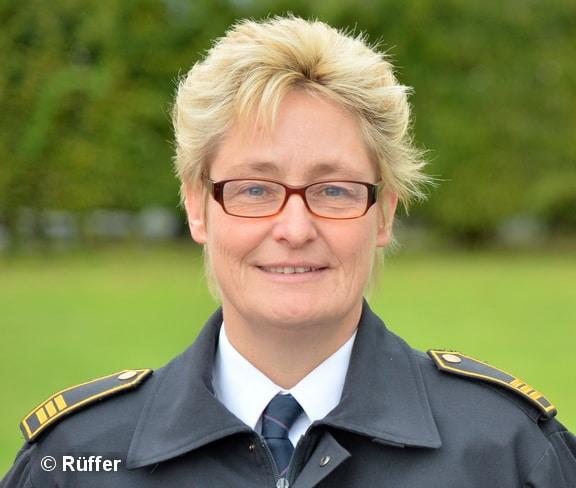 Städtische Branddirektorin Sabine Voss leitet in Dormagen die neue Stabsstelle für Sicherheit. Foto: Rüffer