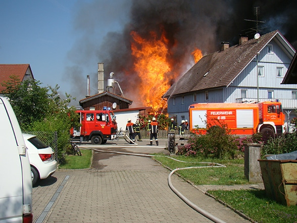 Wassermangel bei Sägewerk-Brand. Foto: Büchler
