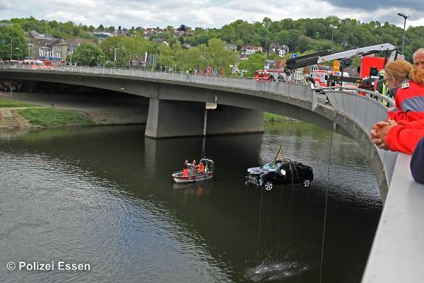 Unfall-Essen-17-05-2016-2x