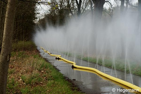 Flächenbrand_Düsenschlauch_Brandbekämpfung_Waldbrand_Einsatztaktik