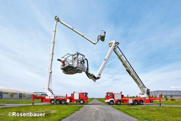 Noch enger als bisher kooperieren die Rosenbauer International AG und der italienische Hersteller CTE zukünftig bei dr Produktion von Hubrettungsbühnen für Feuerwehren weltweit. Foto: Rosenbauer