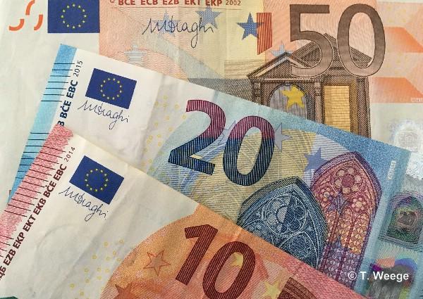 Geld. Symbolfoto: Thomas Weege