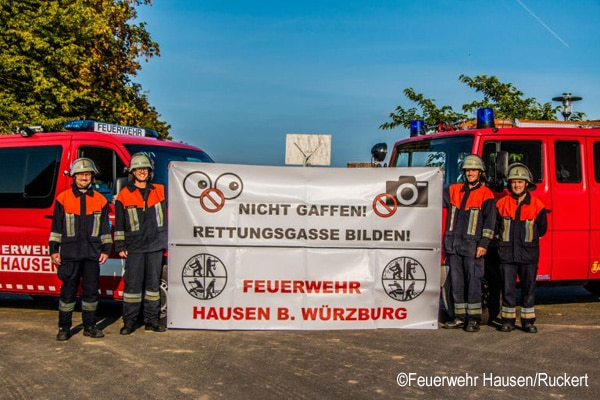 Bauzaun-Banner-Feuerwehr-Hausen