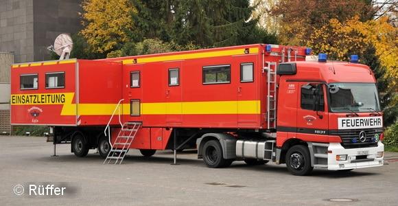 Erregt seit der Interschutz im Jahr 2000 extrem viel AUfsehen: der ELW 3 der BF Köln in Sattelzug-Ausführung. Foto: Rüffer