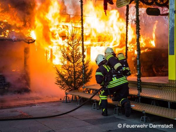 Darmstadt_Feuerwehr_Weihnachtsmarkt