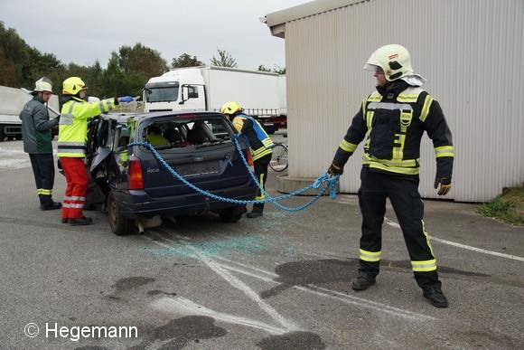 Der Einsatz der so genannten Oslo-Methode (Kettenzug) wird vorbereitet. Foto: Hegemann