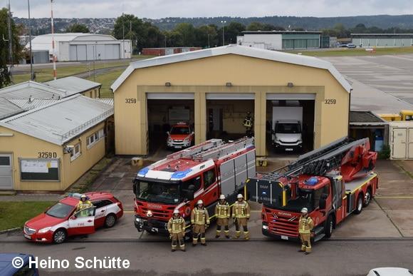 Die Fire-Station befindet sich direkt am militärischen teil des Flughafens Stuttgart. Foto: Heino Schütte