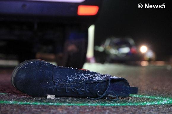 Am Montagabend (02.01.2017) kam ein Ford Galaxy von der A9 in Fahrtrichtung München auf Höhe Offenbau von der Fahrbahn ab. Die 14-jährige Beifahrerin wurde dabei aus dem Fahrzeug geschleudert. Sie war nicht angeschnallt. Foto: News5