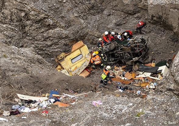 Rettung aus der Felsschlucht Foto: Bartl