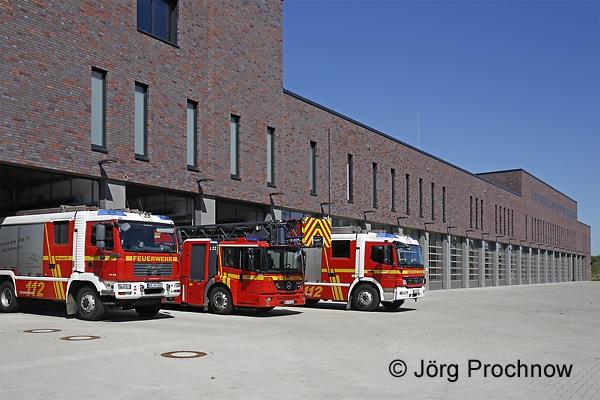 Großzügig dimensioniert: Die neue Hauptfeuer- und Rettungswache der BF Krefeld. Foto: Jörg Prochnow