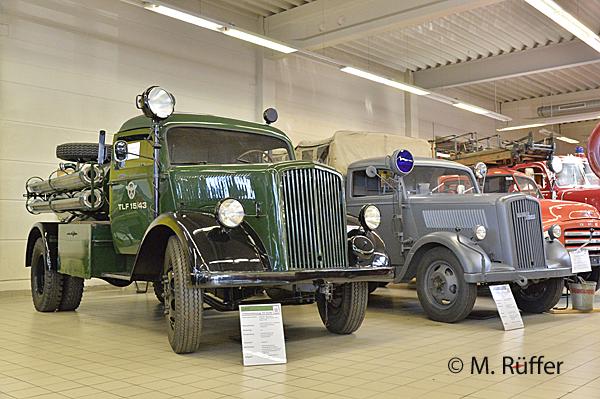 Im Feuerwehrmuseum Bayern in Waldkraiburg steht ein TLF 15/43 in Tannengrün. Foto: Michael Rüffer