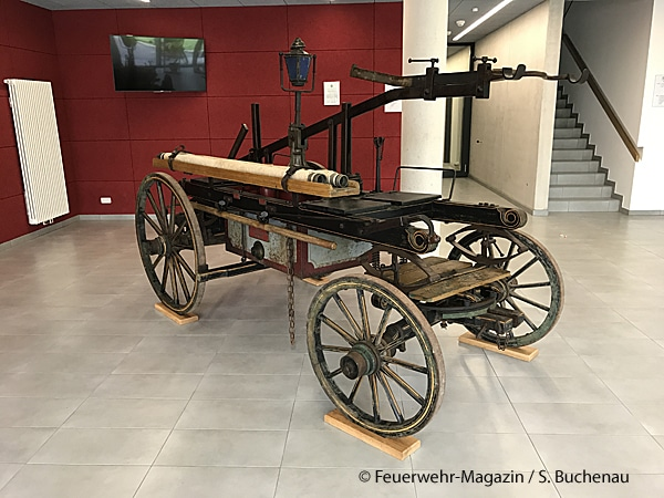 Historische Handdruckspritze der Feuerwehr Alsfeld