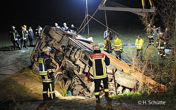 Einsatzbericht über schwierige Lkw-Bergung