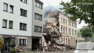 Zusammengestürztes Haus