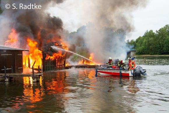 Feuer Bootshaus