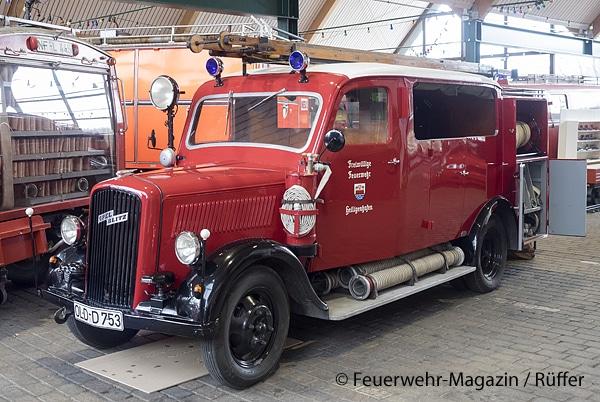 Im Feuerwehrmuseum Norderstedt zu bewundern: LF 8 der FF Heiligenhafen (SH) auf Opel-Fahrgestell, Baujahr 1939, mit einer frühen Form von Blaulichtern. Foto: M. Rüffer