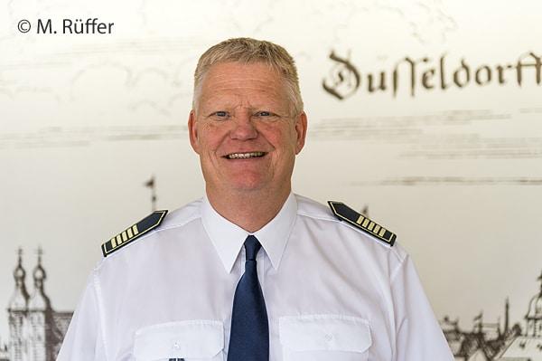 Bis August 2017 Feuerwehrchef in Düsseldorf: Dipl.-Phys. Peter Albers. Foto: Michael Rüffer