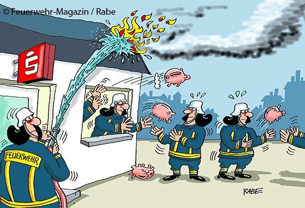 Evakuierung aus einem brennenden Haus: Schweinwerfer im Einsatz.