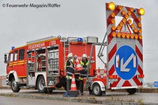 Absicherung einer Einsatzstelle durch die Feuerwehr. Symbolfoto: Feuerwehr-Magazin/Rüffer