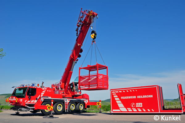 Feuerwehrkran Unverzichtbar Für Schwere Technische