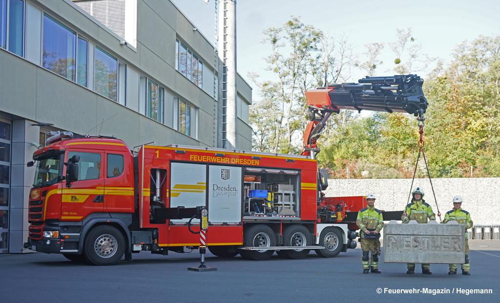 Rüstwagen-Kran Feuerwehr Dresden