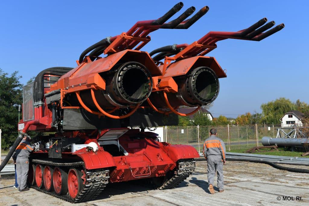 Big Wind, Der große Wind, ist ein Aerosollöschfahrzeug auf Panzerfahrgestell